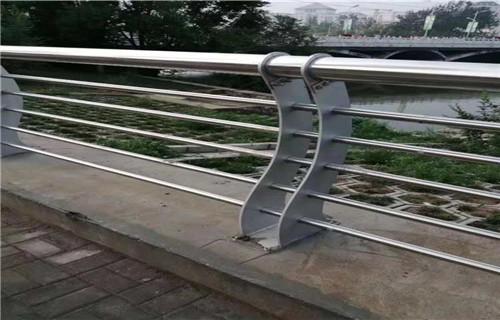 内蒙古201不锈钢复合管护栏实体老厂家